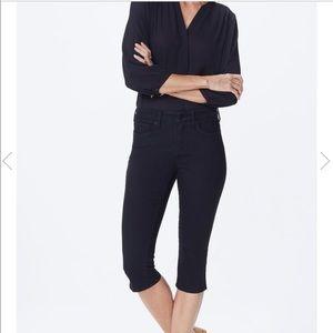 NYDJ Skinny Capri Jeans Black Size 16 MCFO2154